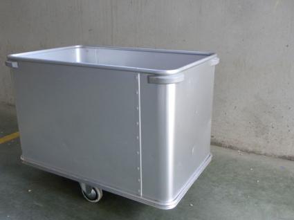 Ergonomic Moving Bottom Trolley